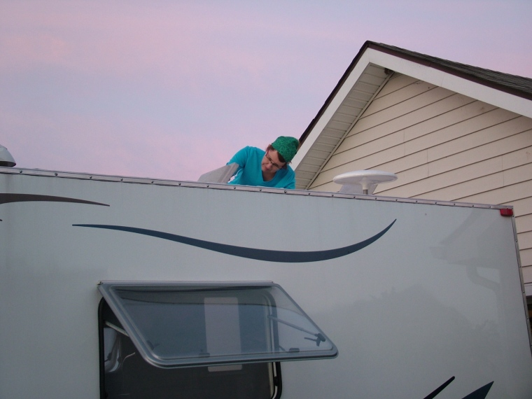 Camplite, Camp Lite, fear of heights, roof vent, roof fan, cleaning roof vent, cleaning roof fan, roof of trailer, on top of trailer